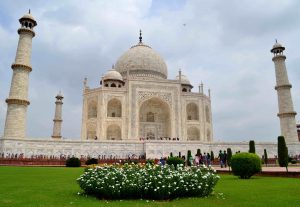 Taj Mahal - A pristine dream in Marble